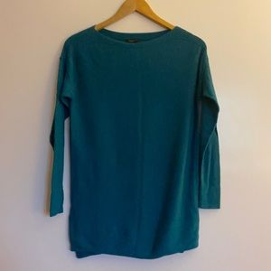 Ann Taylor XS Emerald Green Sweater Longsleeve